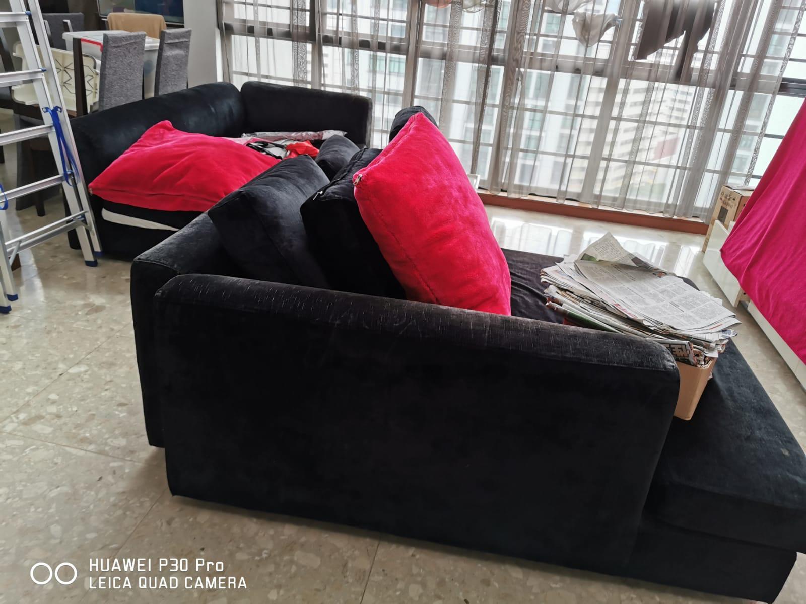 新加坡黑色沙发转让