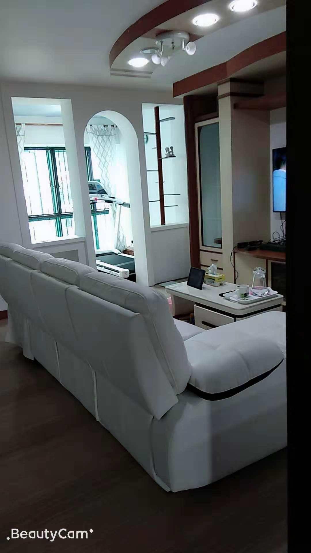 新加坡三巴旺房间出租,精美的客厅健身器材照片