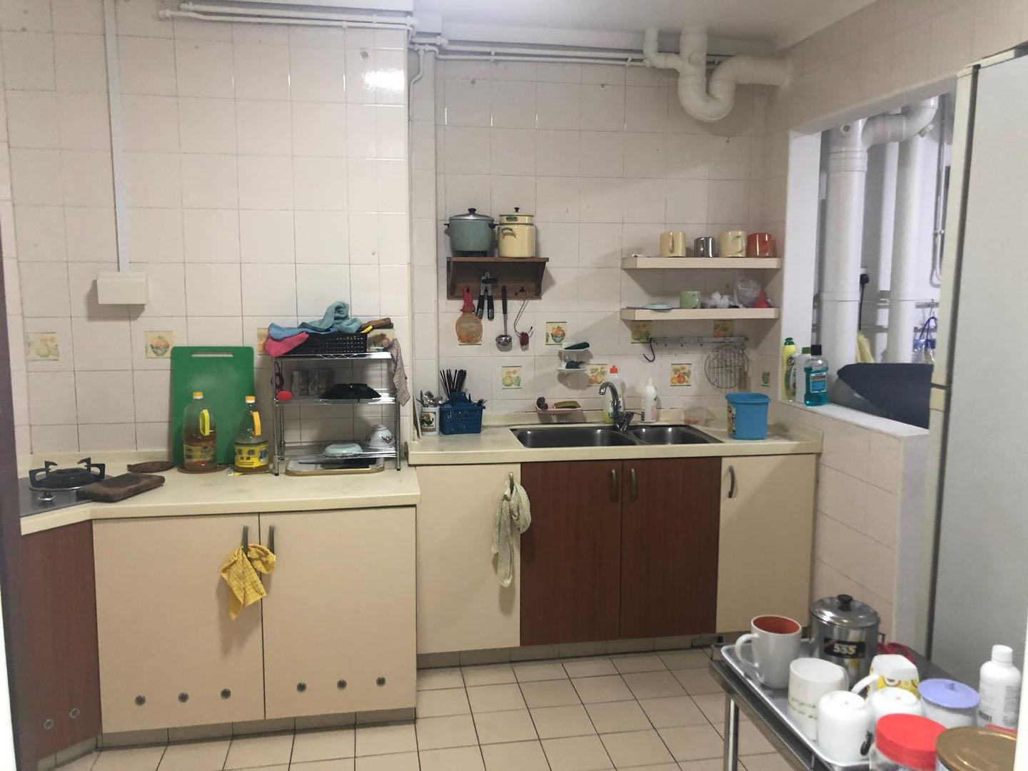 kitchen photo for kallang common room for rent