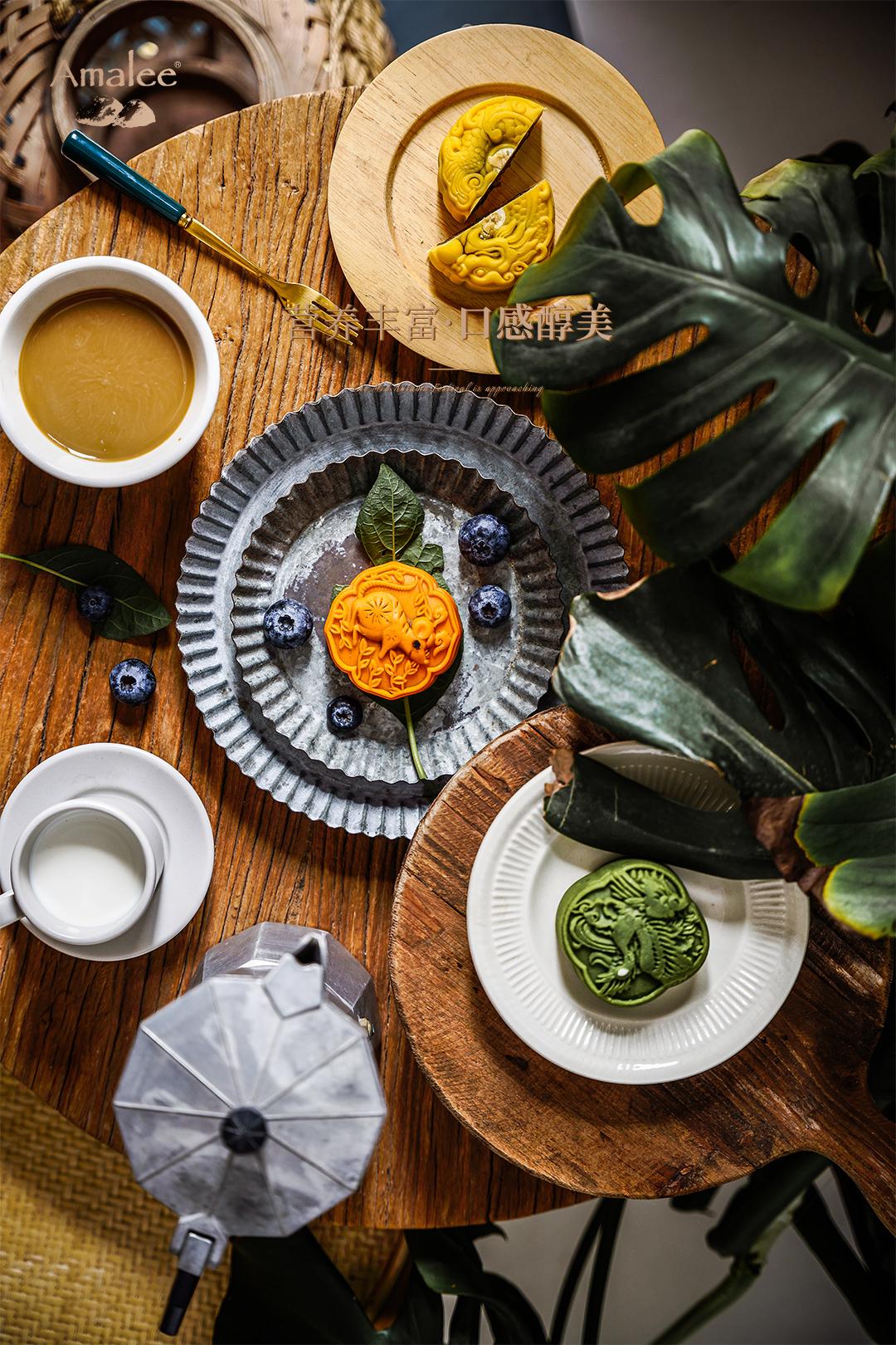 Amalee Birdnest mooncake orange color