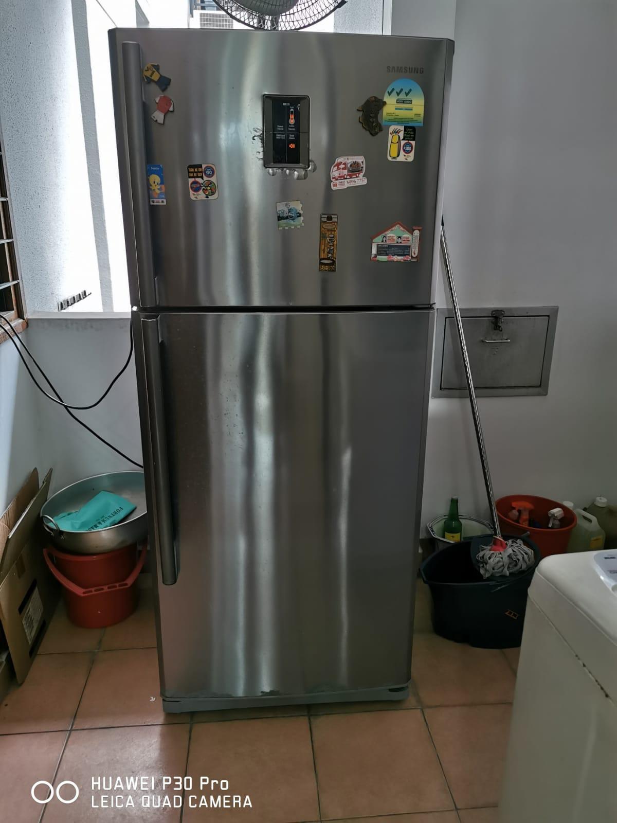 新加坡冰箱转让